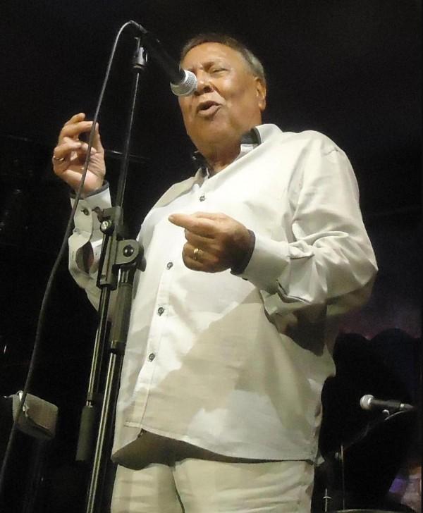 Bolero Moncho dies